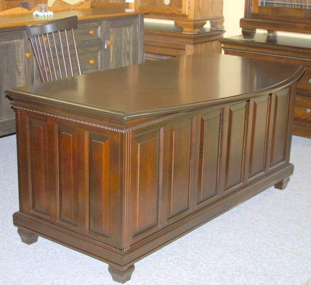 Maple Or Oak Floino Office Desk Lloyd S Mennonite Furniture Bradford Ontario Canada